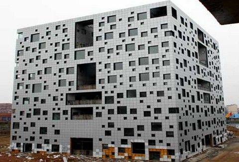 Το σπίτι που έχει 1000 παράθυρα!!(PHOTO)