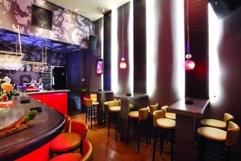 Iguana Music cafe
