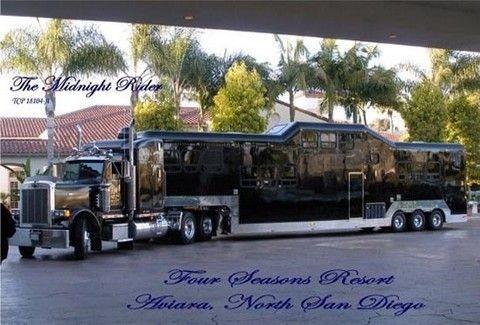 Μία λιμουζίνα-φορτηγό για λίγους!!(PHOTOS)