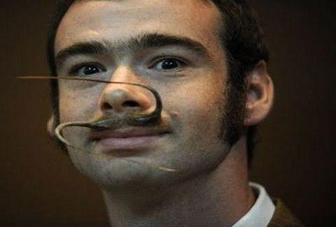 Ένα πρωτάθλημα για γερά...μουστάκια!!(PHOTOS)