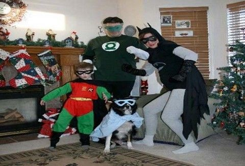 Οι πιο περίεργες χριστουγεννιάτικες οικογενειακές φωτογραφίες!!(PHOTOS)