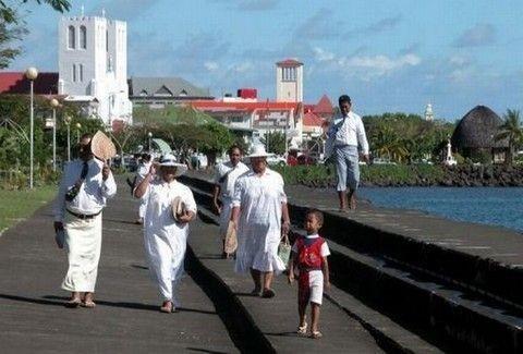 Τα νησιά Σαμόα από την Πέμπτη πήγανε κατευθείαν στο Σάββατο!!
