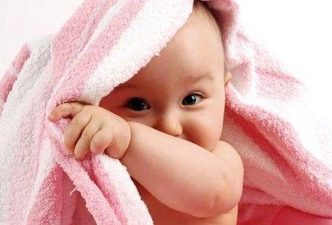 ΦΡΙΚΙΑΣΤΙΚΗ ΙΣΤΟΡΙΑ: Μάνα έπνιξε το μωρό της ενώ μιλούσε στο διαδίκτυο με τον σύντροφό της!!!