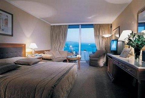 Για την πιο ρομαντική βραδιά του χρόνου...οικονομικές προτάσεις από το Divani Apollon Palace& Spa