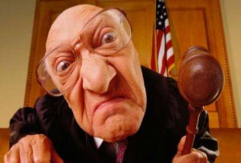 Οι πιο τρελές ποινές δικαστηρίου που έχετε ακούσει!
