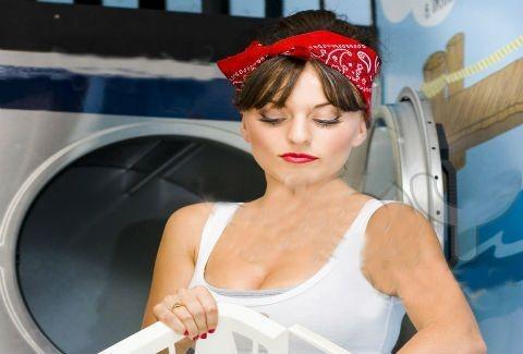 Υπάρχει πλυντήριο που προσποιείται οργασμό;(ω,ναι καλά ακούσατε!)(VIDEO)