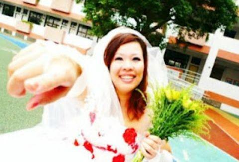 Νύφη παντρεύτηκε... τον εαυτό της!(άλλο πάλι και τούτο!)