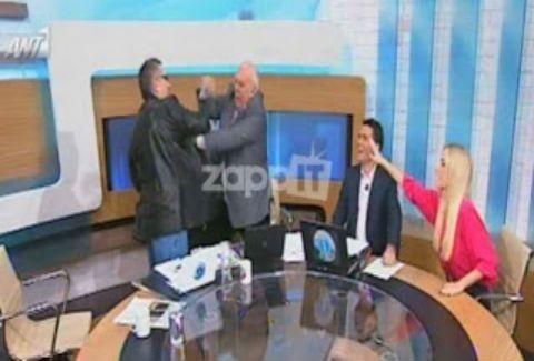 Γ.Παπαδάκης:Εξόργισε τον καλεσμένο - Έπεσαν μπουνιές - Η εκπομπή διεκόπη για διαφημίσεις(VIDEO)