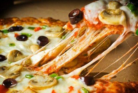 Ποια είναι τα 10 εστιατόρια με την καλύτερη πίτσα στην Αθήνα;;;