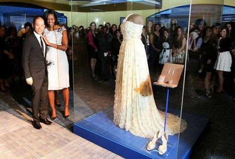 Τί θα φορέσει η Μισέλ Ομπάμα στη δεύτερη ορκωμοσία του πλανητάρχη Μπάρακ;;;