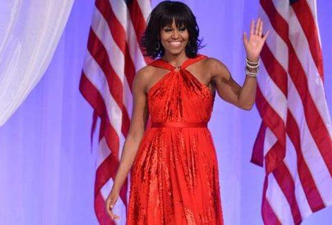 Η Michelle Obama έβαλε τις αφέλειες στο Λευκό Οίκο!!! Όλη η Αμερική μιλάει για τρίχες!!!