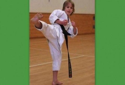 ΚΙ ΟΜΩΣ ΥΠΑΡΧΕΙ!!! Ποιος είπε ότι ο Karate Kid είναι κινηματογραφικό δημιούργημα;;;