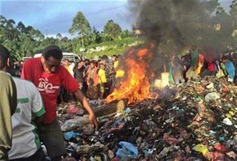 Βασάνισαν και έκαψαν ζωντανή 20χρονη επειδή θεώρησαν ότι έκανε μάγια!!! Μάθε όλη την ιστορία!!!
