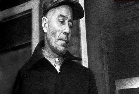 Μάθετε το πραγματικό life story του δολοφόνου με το πριόνι!!! Ποιος ήταν ο Εντ Γκέιν;;;