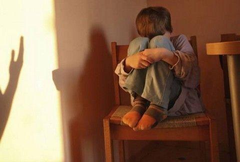 ΣΟΚΑΡΙΣΤΙΚΟ!!! Η παιδόφιλη καθηγήτρια έδινε συμβουλές για ...αποπλάνηση ανηλίκου!!!