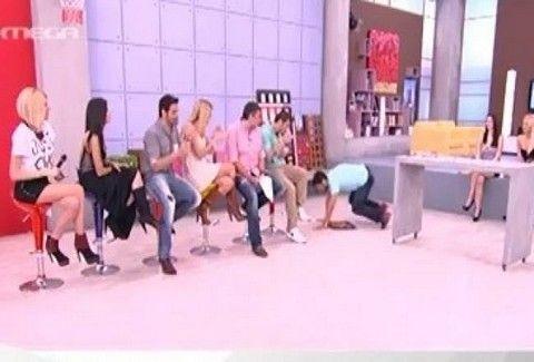 Πτώση on air!!! Ποιος συνεργάτης του Πρωινό mou είχε τετ α τετ με το πάτωμα;;; (VIDEO)