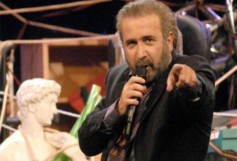 Ο Λάκης Λαζόπουλος και το Αλ Τσαντίρι Νιουζ επιστρέφουν στις οθόνες μας για να γίνει της... Τρίτης!