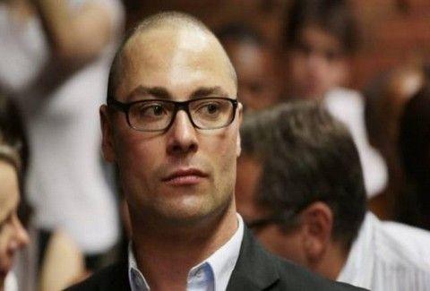 ΣΟΚ!!! Κατηγορείται και ο αδερφός του Oscar Pistorius για δολοφονία εκ προμελέτης!!!