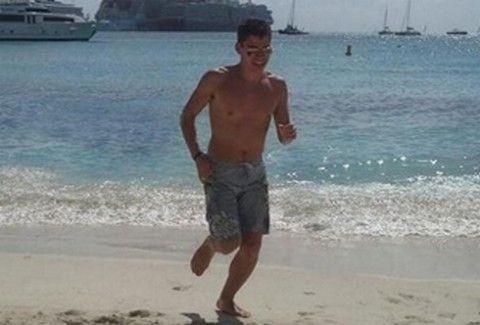 Χαζεύοντας στον facebook λογαριασμό του Ολλανδού που μαχαίρωσε τον 11χρονο στην Κρήτη!!! (PHOTOS)
