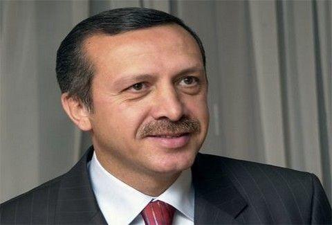 Ερντογαν: Γιατί πλάνταξε στο κλάμα στον αέρα εκπομπής;;; (VIDEO)