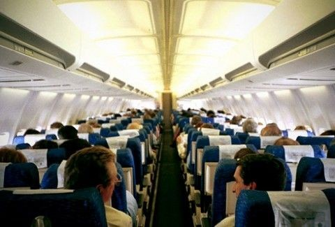 ΠΡΟΣΟΧΗ! Τι πρέπει να προσέχετε όταν ταξιδεύετε με αεροπλάνο;;;