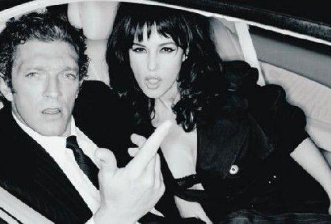ΧΩΡΙΣΕ η Monica Bellucci!!! Όποιος θέλει ας δοκιμάσει ΤΩΡΑ την τύχη του!!! (PHOTOS)