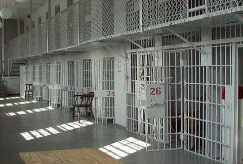 Διαβάστε για τη θρυλική απόδραση 27 αριστερών από τις φυλακές του Πειραιά!!!
