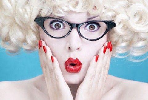 Τι ΦΟΒΟΥΝΤΑΙ τελικά οι γυναίκες;;; ΟΛΕΣ οι ΑΝΑΣΦΑΛΕΙΕΣ τους! (ΓΙΑ ΝΑ ΞΕΡΕΙΣ ΤΙ ΣΟΥ ΓΙΝΕΤΑΙ)! (PHOTOS)