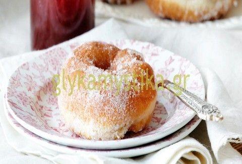 Μίνι ντόνατς με μαρμελάδα