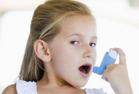 Έρευνα που ΣΟΚΑΡΕΙ! Ξέρετε πόσα παιδιά πάσχουν από άσθμα λόγω νέφους;;;