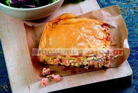 Πίτα με σολομό και γαρίδες σε φύλλο κρούστας