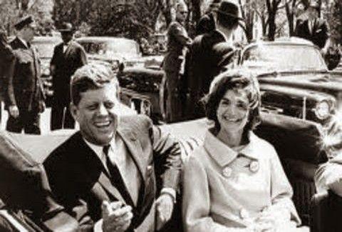 ΣΟΚΑΡΟΥΝ ΟΙ ΝΕΕΣ ΑΠΟΚΑΛΥΨΕΙΣ!! Νέες Αποκαλύψεις που έρχονται στο φως για το θάνατο του Τζόν Κένεντι.