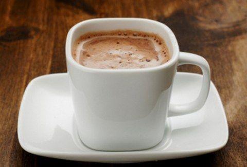 Κρύο, καιρός για... ζεστή σοκολάτα!!! Πώς θα την κάνετε υπέροχη;;;