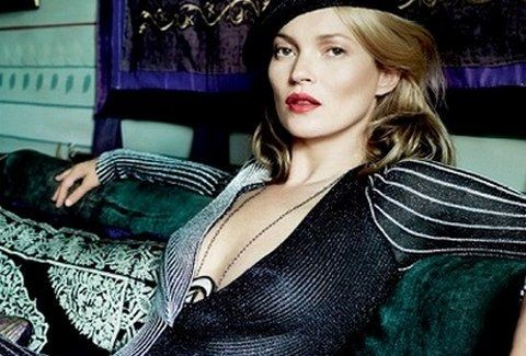 Kate Moss: Σε μια ΑΠΙΘΑΝΗ ΦΩΤΟΓΡΑΦΙΣΗ για τη Vogue!!! (PHOTOS)