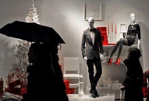 Ψώνια της τελευταίας στιγμής - Μέχρι τι ώρα θα είναι ανοιχτά σήμερα, Παραμονή Πρωτοχρονιάς, τα καταστήματα;;