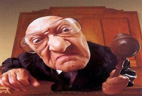 ΤΙ ΑΛΛΟ ΘΑ ΑΚΟΥΣΟΥΜΕ;;; Δικαστής του επέβαλε ως ποινή να γράψει 5.000 φορές....