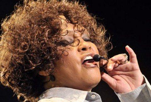 ΣΥΛΛΕΚΤΙΚΕΣ ΕΙΚΟΝΕΣ από το γάμο της Whitney Houston με τον Bobby Brown! (PHOTOS)