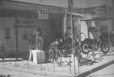 ΡΕΤΡΟ: Το πρώτο συνεργείο μοτοσυκλέτας της Ελλάδας! Πότε και πού άνοιξε & από ποιον;;; (PHOTOS)