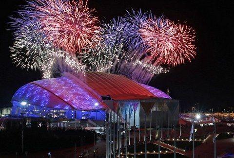 ΝΕΕΣ ΦΩΤΟ: Η ΣΥΓΚΛΟΝΙΣΤΙΚΗ ΕΝΑΡΞΗ των Χειμερινών Ολυμπιακών Αγώνων! (PHOTOS)