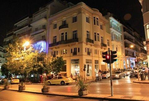 Κολωνάκι: Πού οφείλει την ονομασία της η ιστορική περιοχή του κέντρου της Αθήνας και ποια η ιστορία που κρύβει; (PHOTOS)