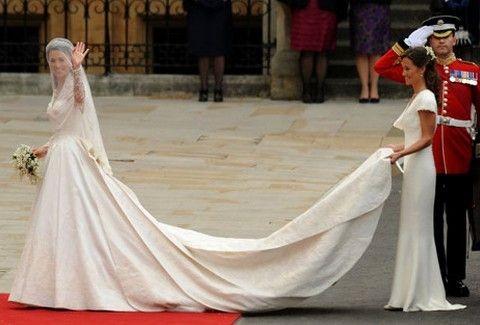 Τι  μας ΕΜΕΙΝΕ ΑΞΕΧΑΣΤΟ από τον Πριγκιπικό Γάμο...3 χρονια μετά;;; (PHOTOS)