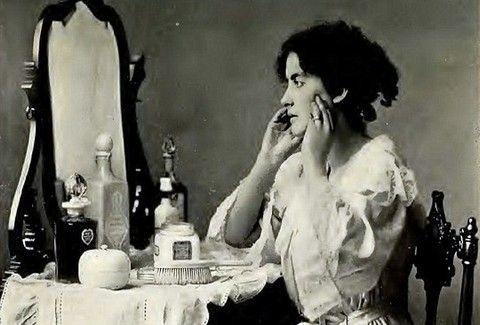 Συμβουλές ομορφιάς από...άλλη εποχή! - Τι πρότειναν το 1910 στις γυναίκες;;; (PHOTOS)