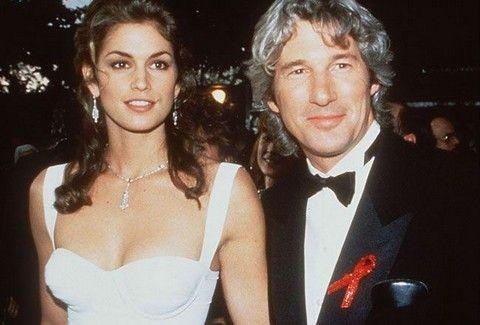 Ποια είναι αυτή δίπλα στον πιτσιρικά Richard Gere; Δες ποιοι stars ήταν παντρεμένοι και δεν το θυμάται κανείς! (PHOTOS)