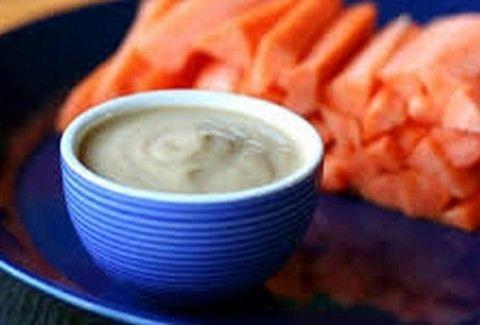 Το πιο νόστιμο σνακ! Στικς καρότου με super σως!