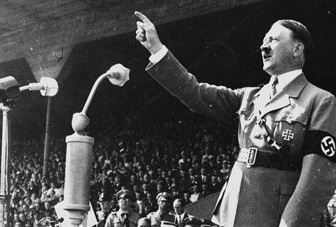 Σπάνιο ΝΤΟΚΟΥΜΕΝΤΟ! Όταν ο Χίτλερ βρισκόταν στην Καλιφόρνια σε...σοφίτα! (PHOTOS)