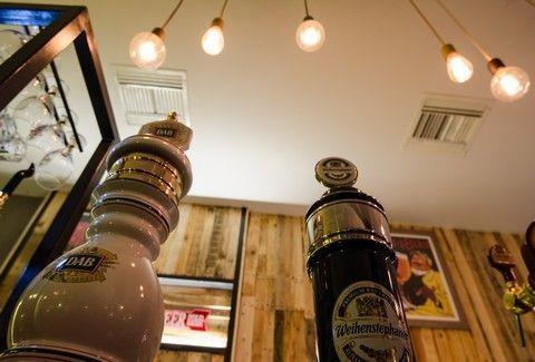 Κουρδιστήρι Beer: Ένας... ναός της μπύρας, με εκλεκτές γεύσεις από όλο τον κόσμο στην Ηλιούπολη!