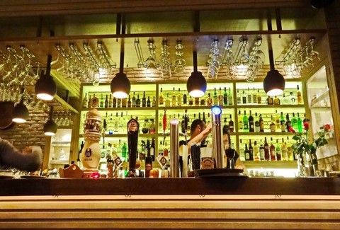 Bock: Και Beer και Cocktail Restaurant στου Μακρυγιάννη!