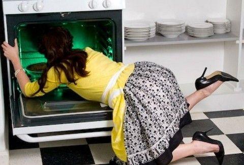 Θέλετε τη σύζυγό σας νοικοκυρά;;; Ποια ζώδια τα πάνε καλά με τις δουλειές του σπιτιού και ποια αφήνουν το σπίτι να... αραχνιάσει;;;