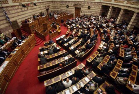 Η ημέρα της κρίσης! Η δεύτερη ψηφοφορία για πρόεδρο της Δημοκρατίας και οι.. εκλογές!