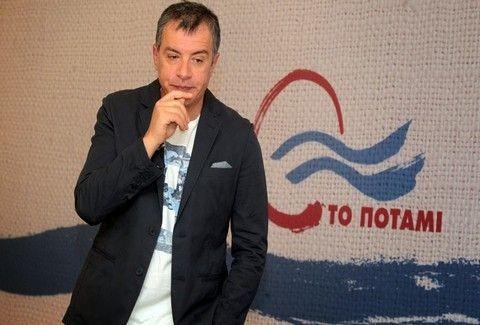Γελάει ο κόσμος με τον Σταύρο Θεοδωράκη: Δείτε για ποιο λόγο ζητάει την ψήφο μας! (VIDEO)